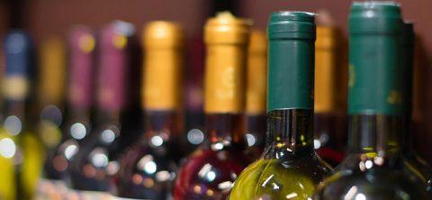 Il-mondo-ama-il-vino-italiano
