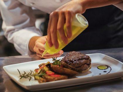 Un italiano su tre viaggia in Italia per il cibo